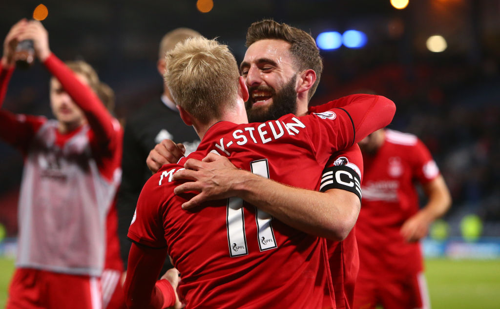 28th October 2018, Hampden Park, Glasgow, Scotland; Scottish League Cup football, semi final, Aberdeen versus Rangers; Graeme Shinnie of Aberdeen  celebrates with Gary Mackay-Steven of Aberdeen (photo by Vagelis Georgariou/Action Plus via Getty Images)
