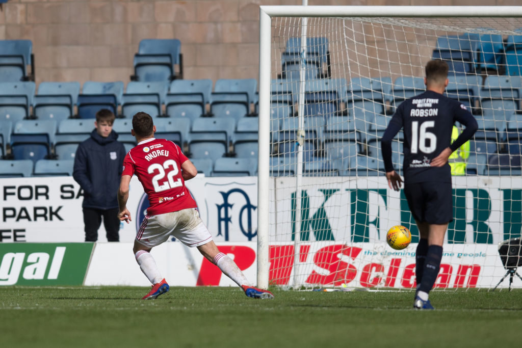 'First thing that struck me' - St Mirren star on what he first noticed about Scottish football