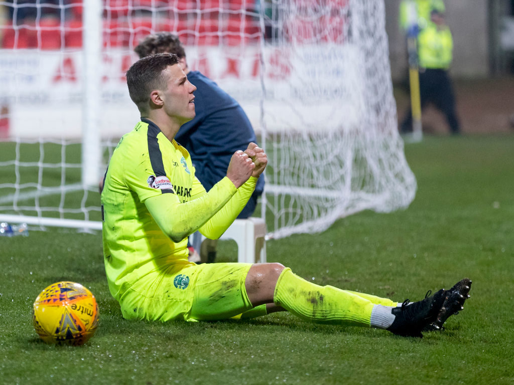 Can five goal striker fire Hibernian to much-needed derby victory?