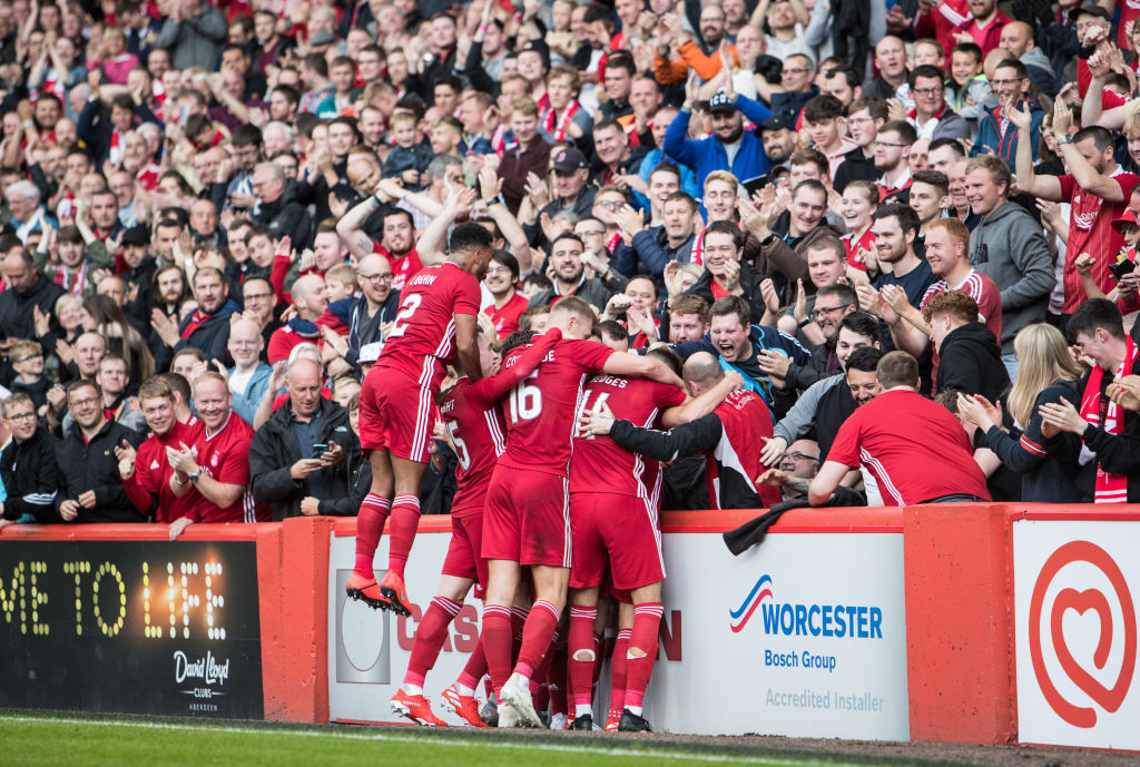 ABERDEEN, SCOTLAND - JULY 11: Niall McGinn of Aberdeen celebrates his sides opening goal during UEFA Europa League First qualifying round match between Aberdeen and RoPS at Pittodrie Stadium on July 11, 2019 in Aberdeen, Scotland.