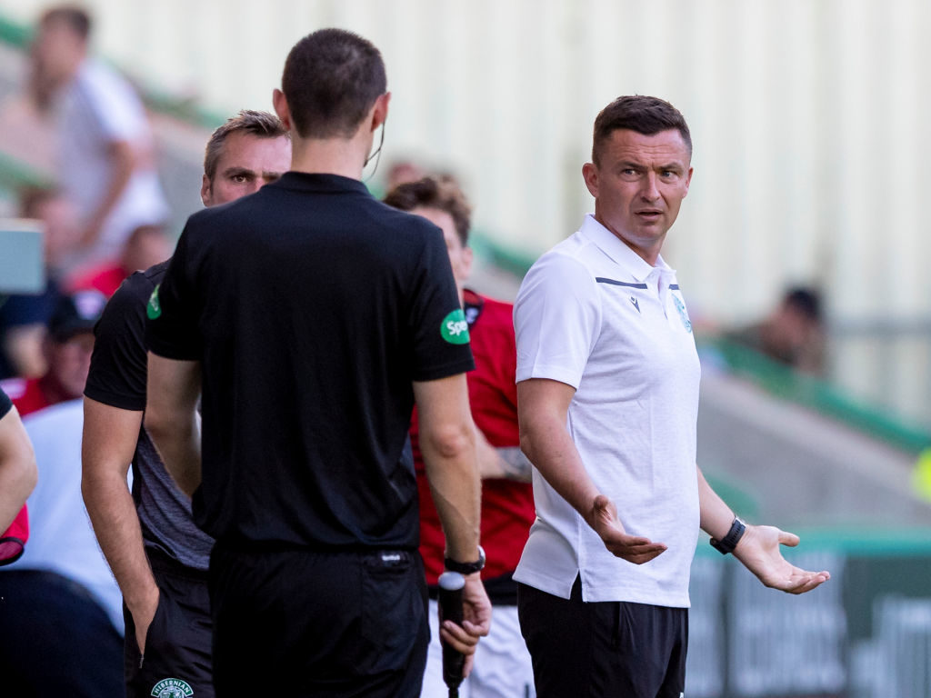 'Professional con artist' - Some Hibs fans want key man gone