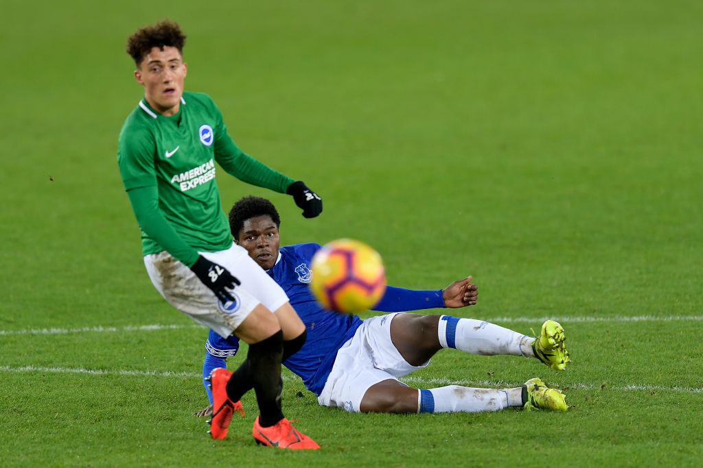 What is Everton youngster's situation at loan club?
