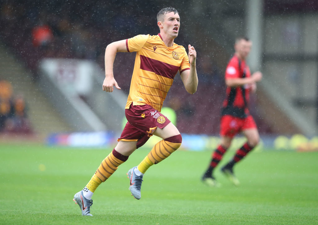 Robinson says Motherwell are close to extending striker's Fir Park stay