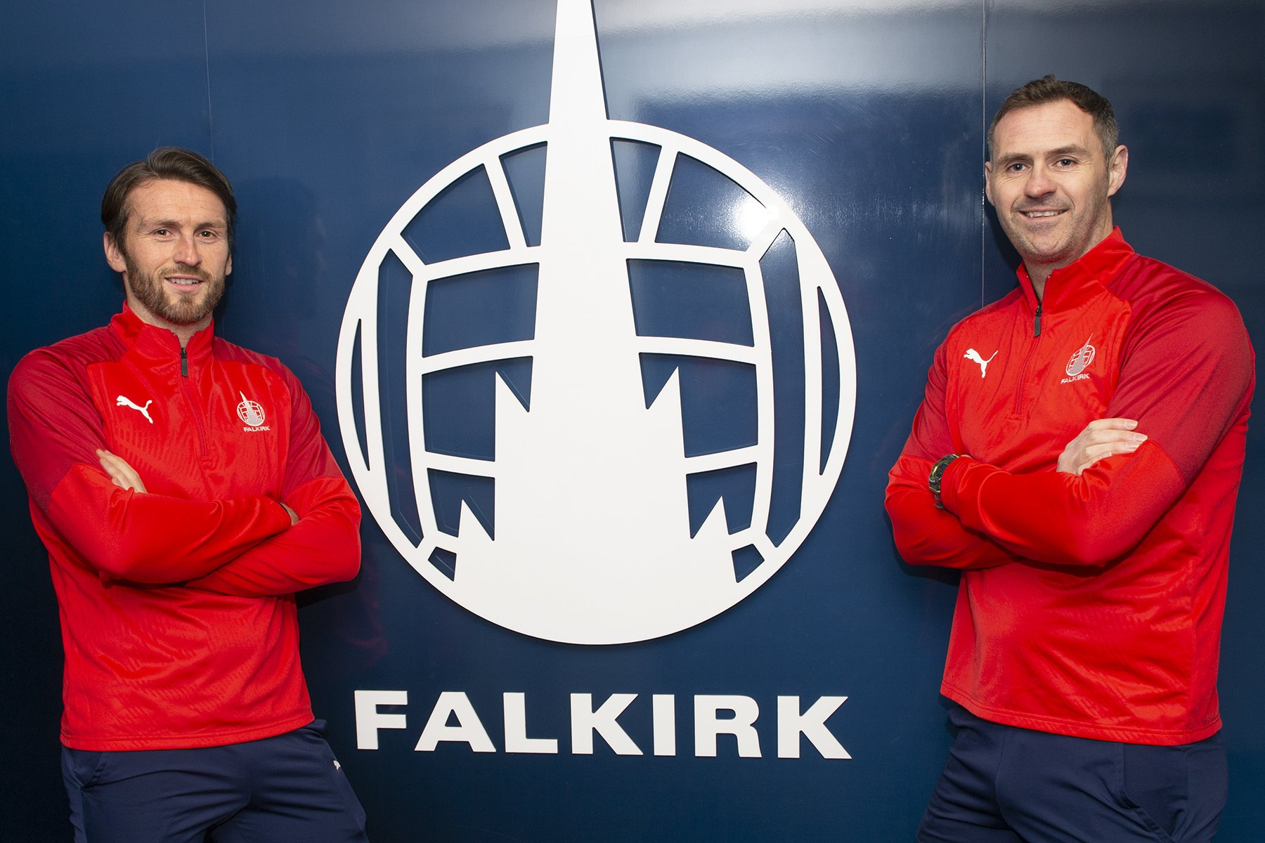 Miller and McCraken pose after their hiring as managers of Falkirk
