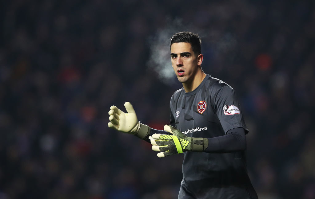 Manchester United reportedly fail in offloading Hearts stopper