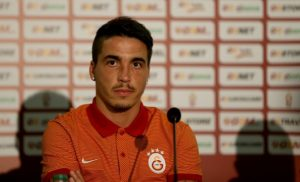 Josue Pesqueira signs a contract with Galatasaray