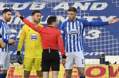 Stuart Findlay protests his red card