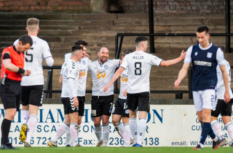 Ayr United v Dundee - Scottish Championship