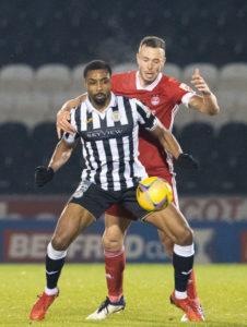 Jon Obika in action against Aberdeen