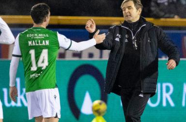 Stevie Mallan is congratulated by Alloa boss Peter Grant