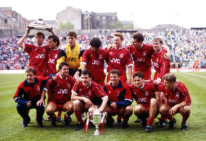 12/05/90 Tennents Scottish Cup Final.Aberdeen V Celtic (0-0 Aet) (9-8 On Pens).Hampden - Glasgow.The Aberdeen Players Celebrate Winning The Scottish Cup..Back Row From Left: Alex Mcleish, Hans Gillhaus, Theo Snelders, Robert Connor, Gregg Watson, Brian Ir