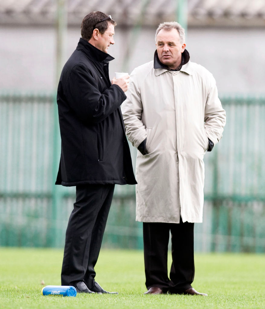 15/09/07 Spl U19 League.Celtic V Inverness Ct (4-2).Barrowfield - Glasgow.Celtic U19 Boss Willie Mcstay (Left) Chats With Head Of Youth John Park.