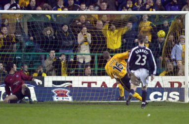 03/02/04 Cis Cup Semi Final.Dundee V Livingston.Easter Road - Edinburgh.Derek Lilley (Second Right) Fires Livingston Into Their First Major Final In The Club'S History.