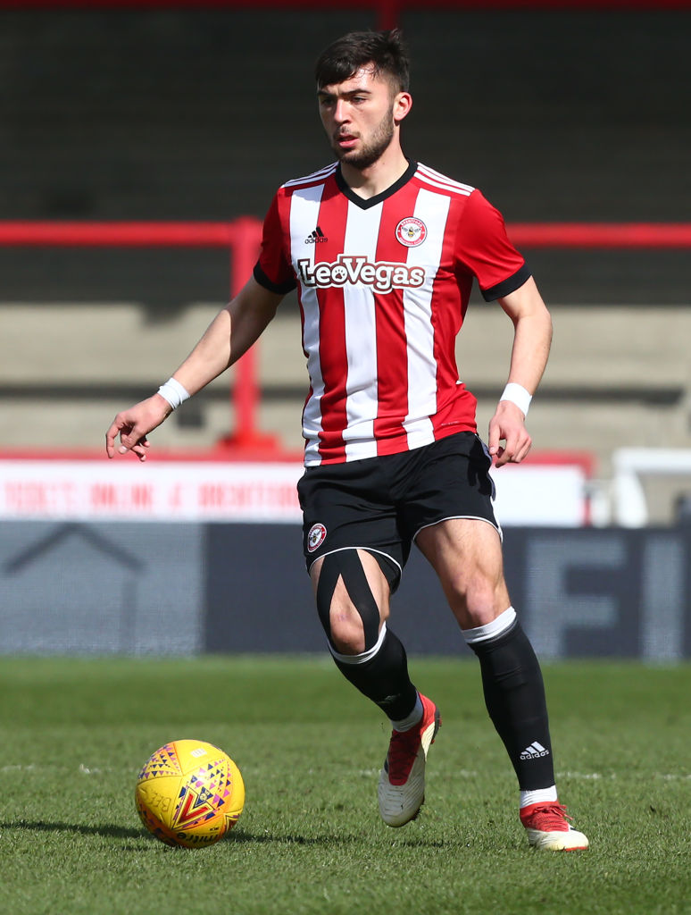 The former Brentford and Partick Thistle man has signed for QPR.