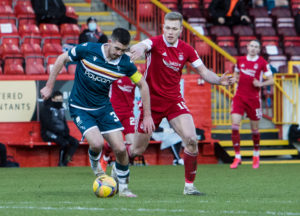 Declan Gallagher is joining Aberdeen amid interest from the likes of Celtic.
