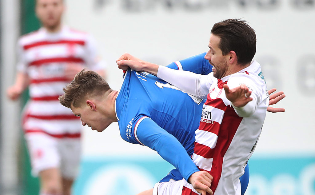 Defender confirms latest club as former Southampton star returns to England from Accies