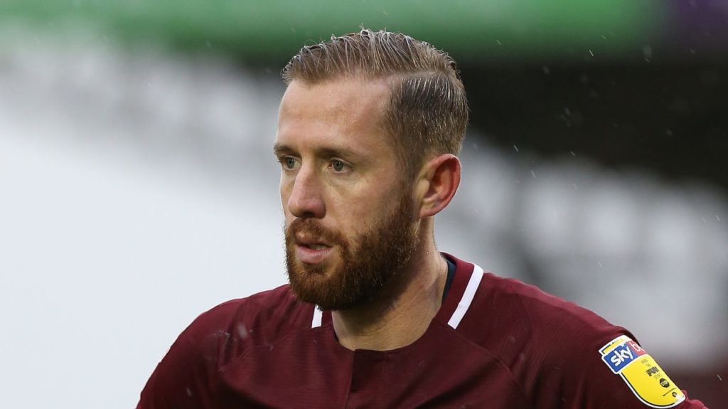 Motherwell players and supporters 'bounced off each other' as 'sensational' Van Veen praised by Graham Alexander